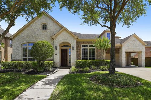 Photo of 12316 Bend Creek Lane, Pearland, TX 77584 (MLS # 88943283)
