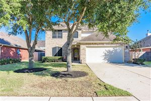 Photo of 1903 Lazy Hollow Lane, Pearland, TX 77581 (MLS # 64363285)