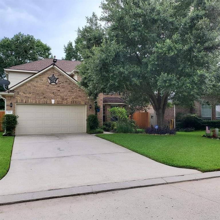 Photo for 1011 Summer Park Boulevard, Conroe, TX 77303 (MLS # 88429285)