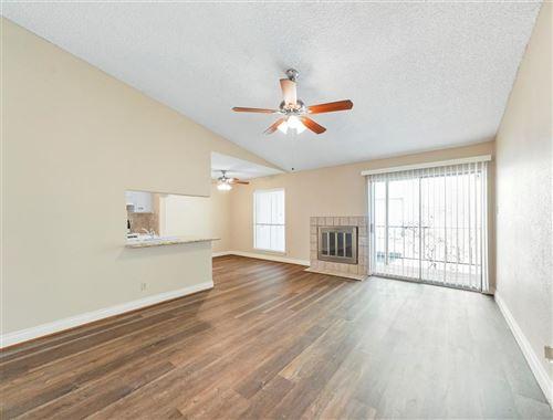 Photo of 700 Thicket Lane #204, Houston, TX 77079 (MLS # 18214290)