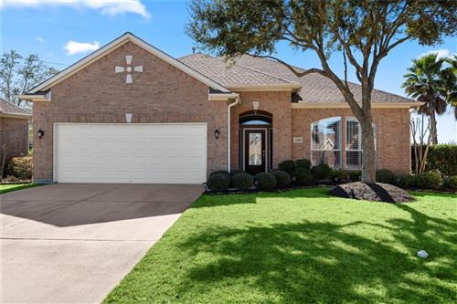 Photo of 1525 Briar Bend Drive, Friendswood, TX 77546 (MLS # 15333291)
