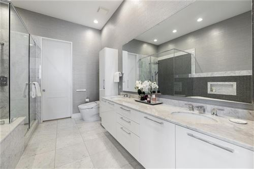 Tiny photo for 2727 Kirby Drive #27D, Houston, TX 77098 (MLS # 61768291)