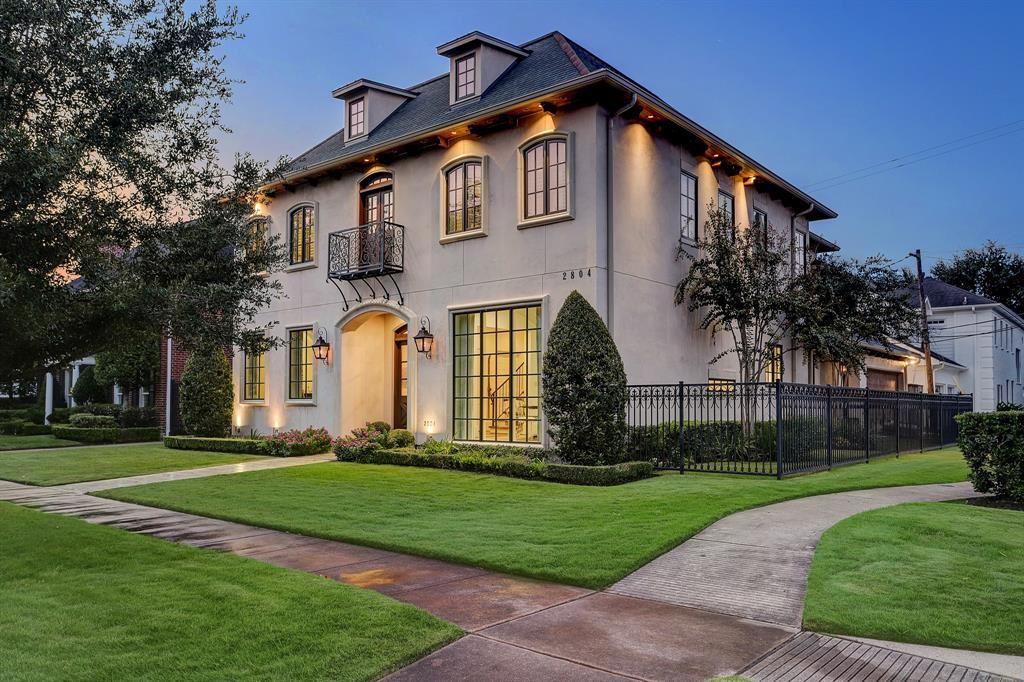 Photo for 2804 Robinhood Street, Houston, TX 77005 (MLS # 39206299)
