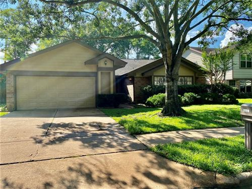 Photo of 2118 Hickory Lawn Drive, Houston, TX 77077 (MLS # 53423301)