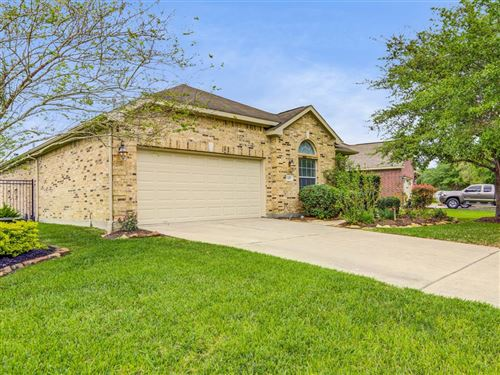Photo of 1217 N Riviera Circle, Pearland, TX 77581 (MLS # 94758302)