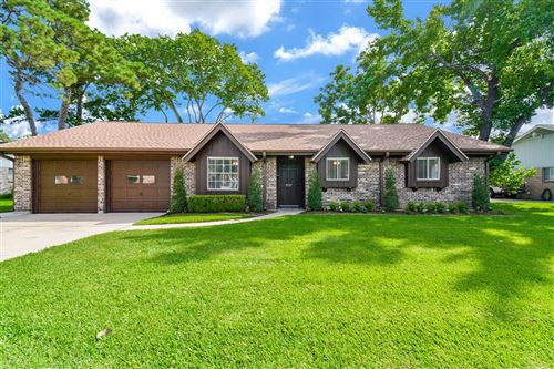 Photo of 3107 Stratford Street, Pearland, TX 77581 (MLS # 38598303)