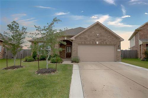 Photo of 3002 Barrington Springs Lane, Dickinson, TX 77539 (MLS # 62495303)