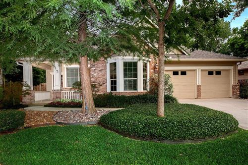 Photo of 114 DOUVAINE, The Woodlands, TX 77382 (MLS # 74968303)
