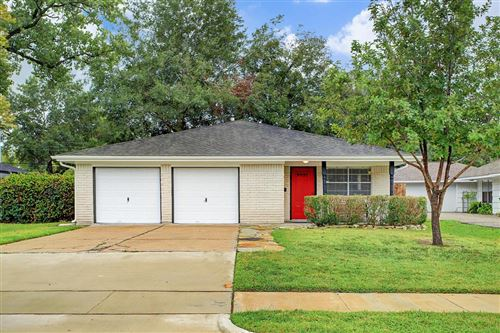 Photo of 9431 Springmont Drive, Houston, TX 77080 (MLS # 84638305)