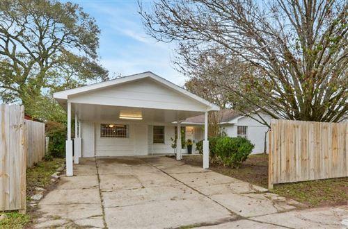 Photo of 515 Glenburnie Drive, Houston, TX 77022 (MLS # 17508310)