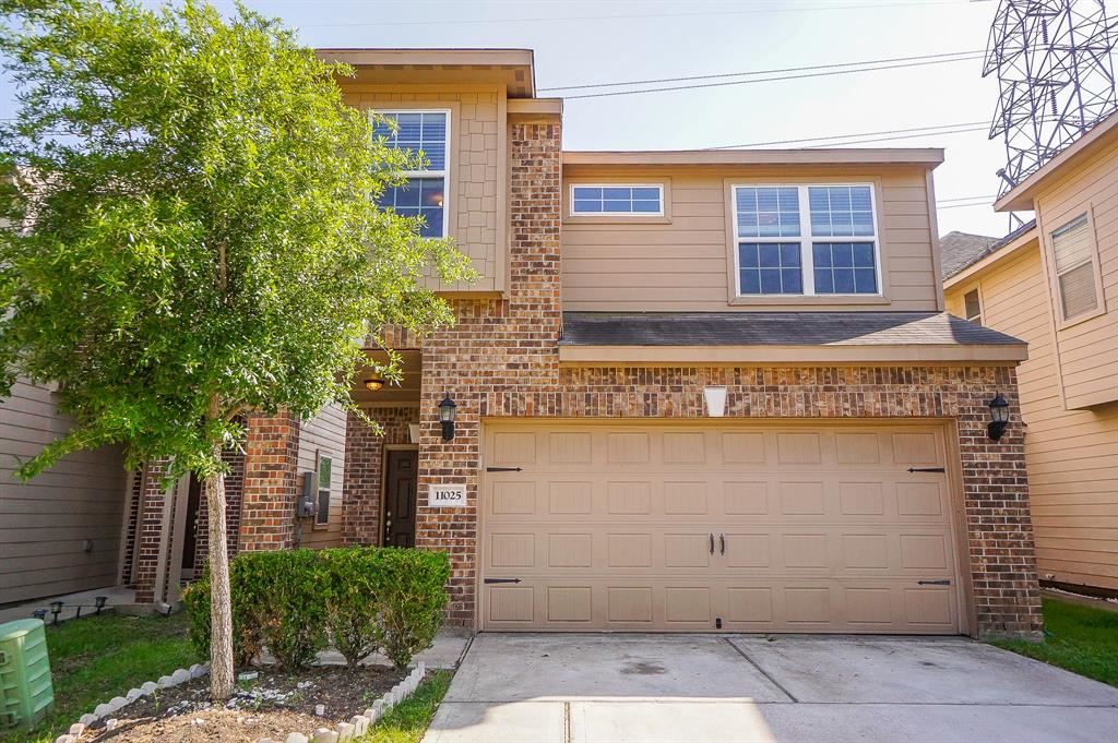 Photo for 11025 Panther Court, Houston, TX 77099 (MLS # 70007311)