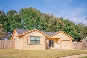 Photo of 2903 Windemere Drive, Pearland, TX 77584 (MLS # 24267316)