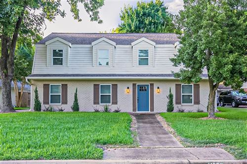 Photo of 11226 Timberline Road, Houston, TX 77043 (MLS # 33914317)