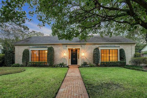 Photo of 6003 Stones Throw Road, Houston, TX 77057 (MLS # 45218324)