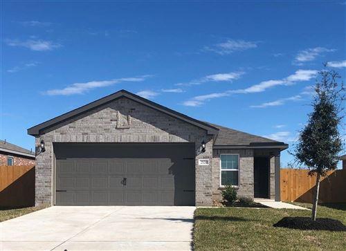 Photo of 2120 Bowline Road, Texas City, TX 77568 (MLS # 90663324)
