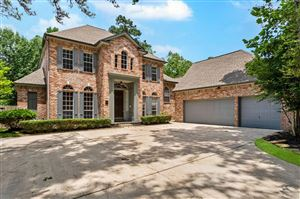 Photo of 172 W Shadowpoint Circle, The Woodlands, TX 77381 (MLS # 87156327)