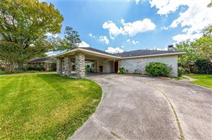 Photo of 301 Brandywyne Drive, Friendswood, TX 77546 (MLS # 68096328)