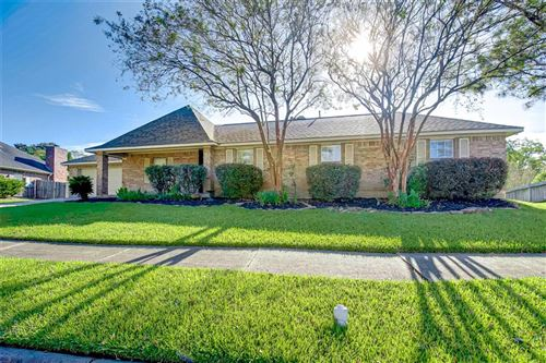 Photo of 3418 Bayou Forest Drive, Shoreacres, TX 77571 (MLS # 16115329)