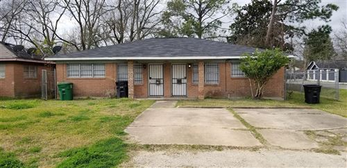 Photo of 9402 Jutland Road, Houston, TX 77033 (MLS # 23386329)