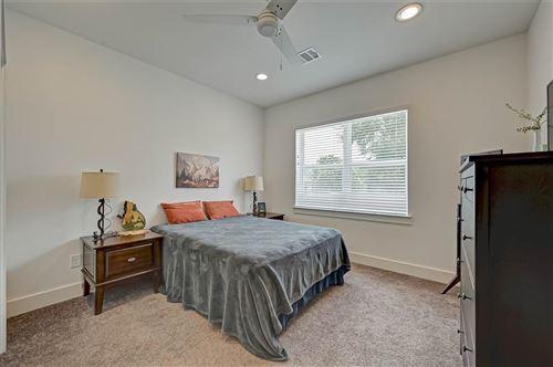Tiny photo for 212 Pheasant Street, Houston, TX 77018 (MLS # 78235333)
