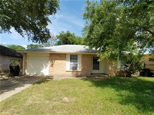 Photo of 14826 Weil Place, Houston, TX 77060 (MLS # 96974333)