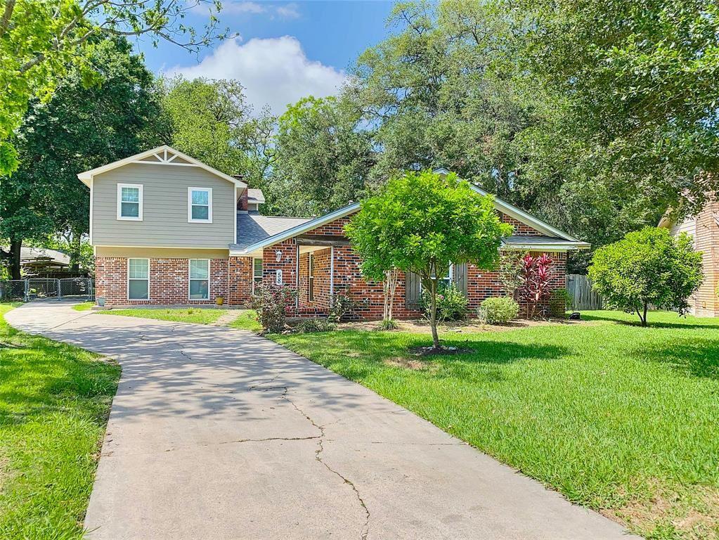 58 S Shamrock Court, Lake Jackson, TX 77566 - #: 16890333