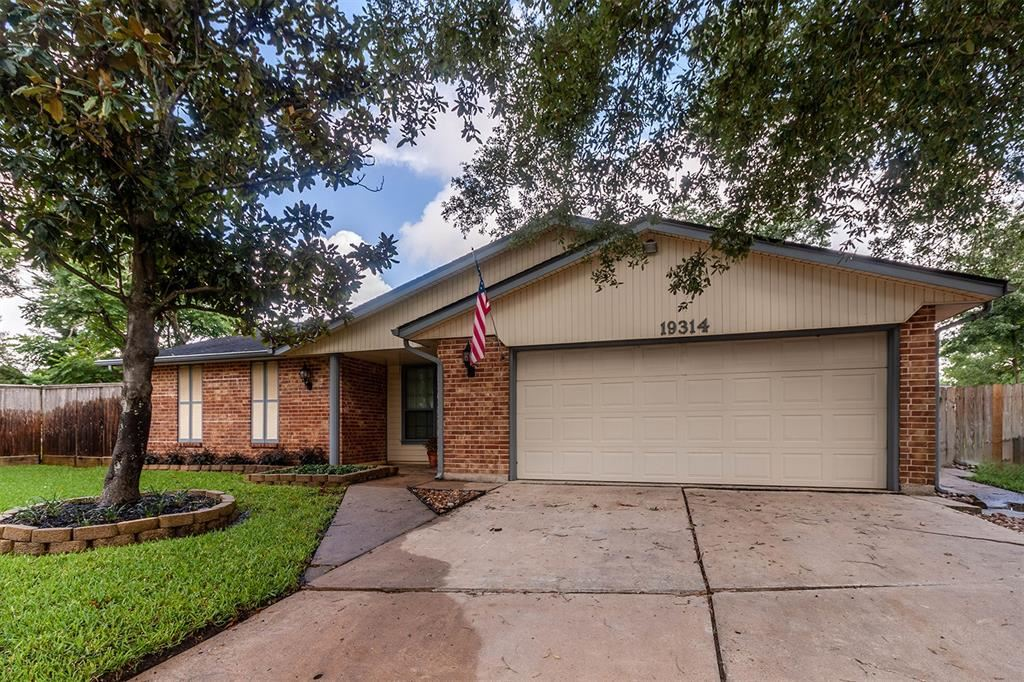Photo for 19314 Peach Valley Circle, Houston, TX 77084 (MLS # 73646337)
