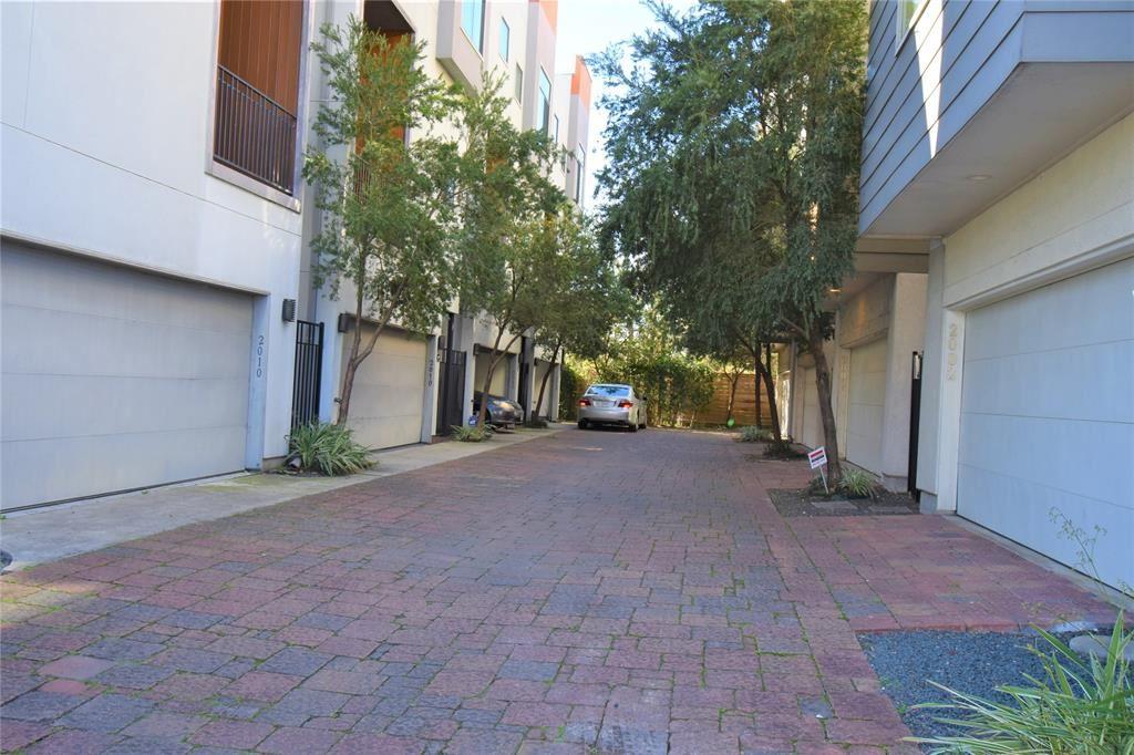 2004 Blodgett Street A Street #A UNIT A, Houston, TX 77004 - #: 40172338