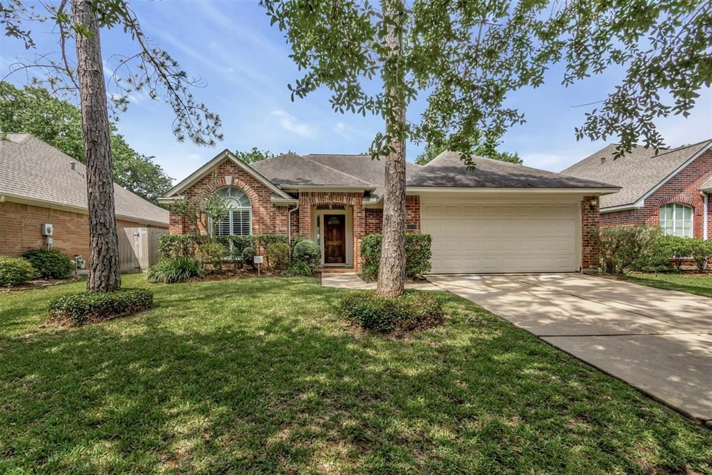 Photo for 14110 El Camino Real, Houston, TX 77062 (MLS # 22397339)