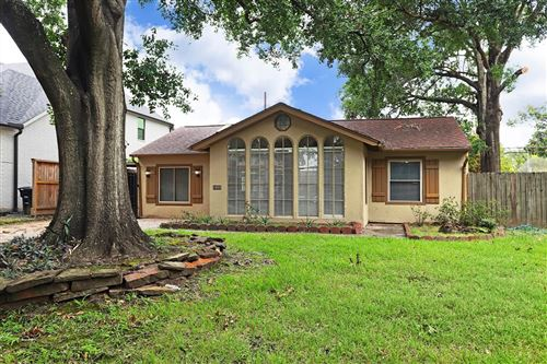 Photo of 6526 Rolla Street, Houston, TX 77055 (MLS # 28479340)