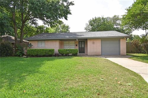 Photo of 2614 Willowby Drive, Houston, TX 77008 (MLS # 97659341)