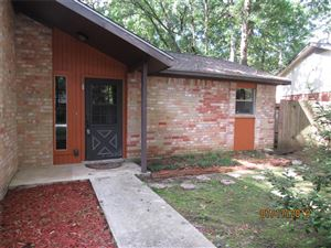 Photo of 19 E Woodtimber Court, The Woodlands, TX 77381 (MLS # 69136344)