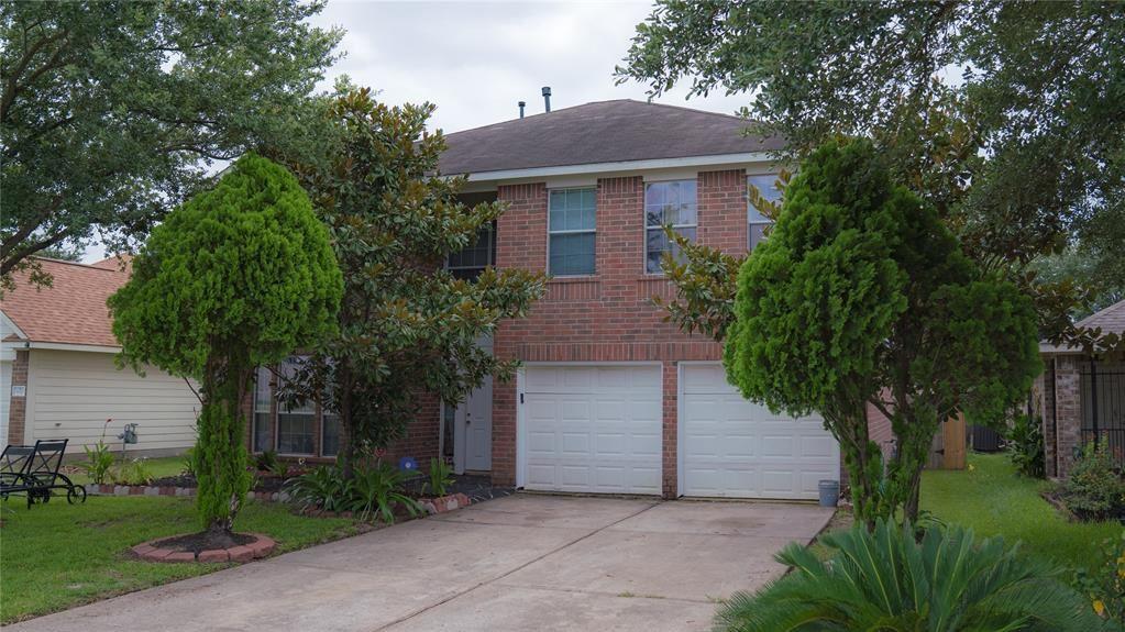 Photo for 826 Regional Park Drive, Houston, TX 77060 (MLS # 37102354)