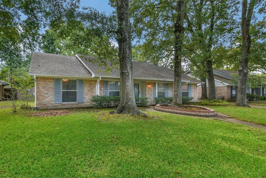 7151 Bayou Forest Drive, Houston, TX 77088 - #: 82377354