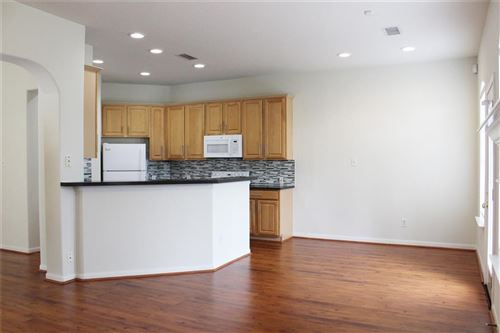 Photo of 66 Camber Pine Place, The Woodlands, TX 77382 (MLS # 68476355)