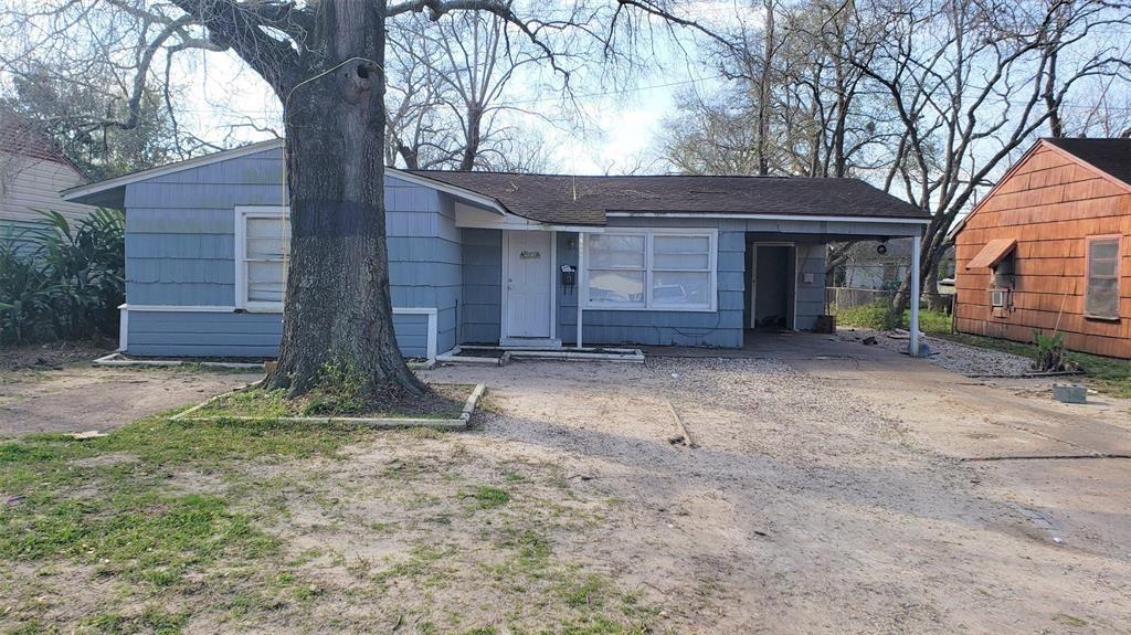 5406 Willow Glen Drive, Houston, TX 77033 - #: 37884359