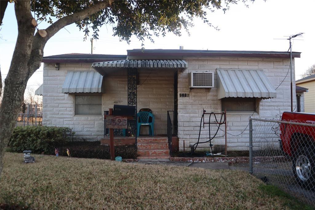 9526 Rhode Island Street, Houston, TX 77029 - #: 44658359