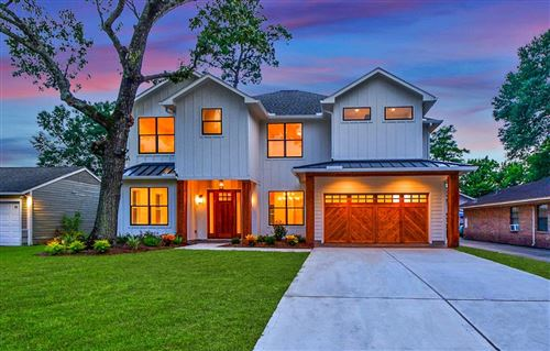 Photo of 1729 Chippendale Road, Houston, TX 77018 (MLS # 23447360)