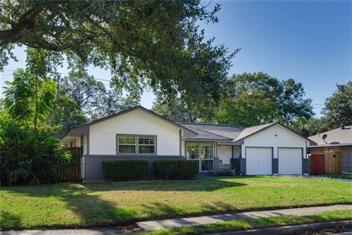 Photo of 7714 Marinette Drive, Houston, TX 77074 (MLS # 65875361)