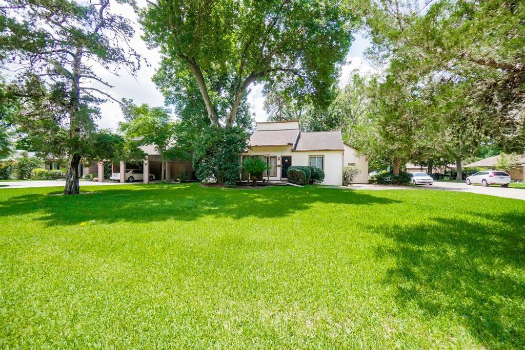 Photo for 8821 Westview Drive, Houston, TX 77055 (MLS # 75991361)