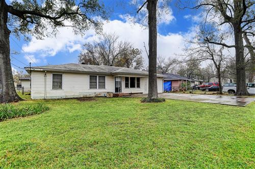 Photo of 15642 Avenue C, Channelview, TX 77530 (MLS # 38224362)