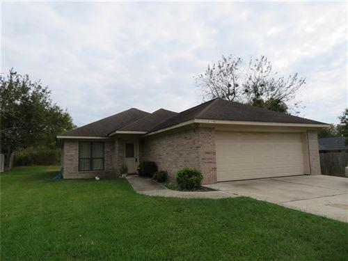 Photo of 12678 Lake Conroe Hills Drive, Willis, TX 77318 (MLS # 29186363)