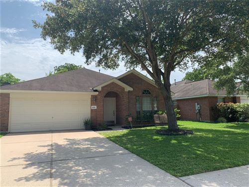 Photo of 4818 Chase Court Drive, Bacliff, TX 77518 (MLS # 70677363)