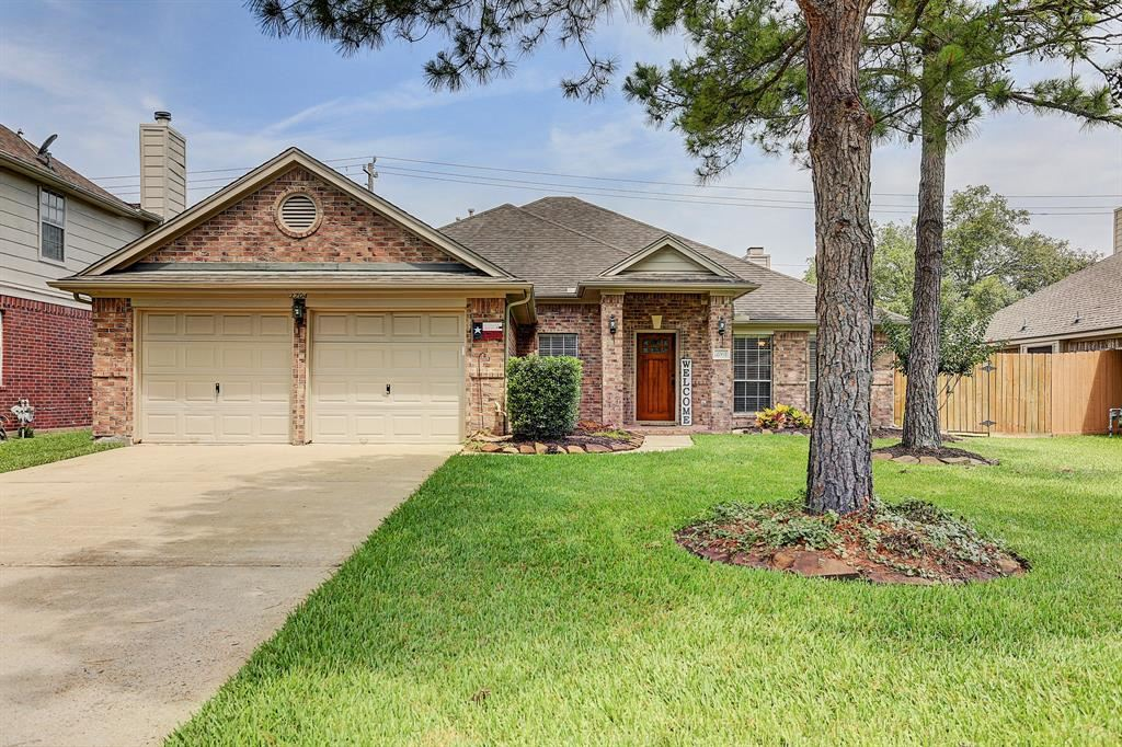 3704 Sunset Meadows Drive, Pearland, TX 77581 - #: 22846365