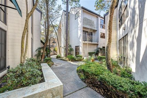 Photo of 5008 Augusta Street #1, Houston, TX 77007 (MLS # 26166367)