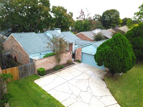 Photo of 2023 Woodland Springs Street, Houston, TX 77077 (MLS # 64705367)