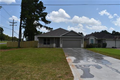 Photo of 5001 Willow Point, Conroe, TX 77303 (MLS # 78901367)