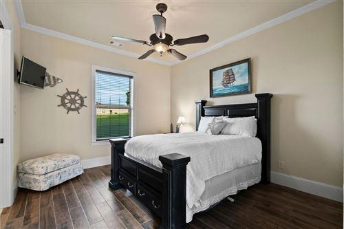 Tiny photo for 19020 Harbor Side Boulevard, Montgomery, TX 77356 (MLS # 32527368)