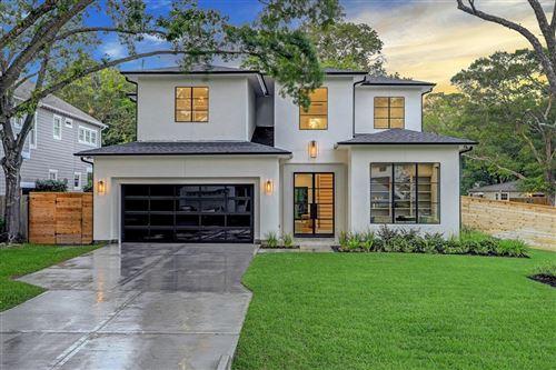 Photo of 902 Lamonte Lane, Houston, TX 77018 (MLS # 92667368)