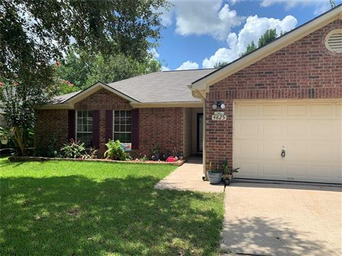 Photo of 4825 Sulley Drive, Alvin, TX 77511 (MLS # 27651369)